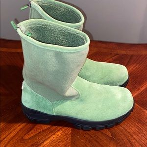 Lands End Fleece and suede winter boots